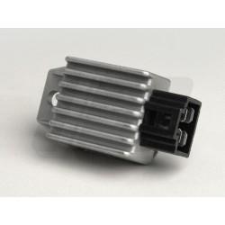 REGULATOR NAPETOSTI - 4 PIN - GY6 50-125cc (139QMA/B - 152QMI - 157QMJ)